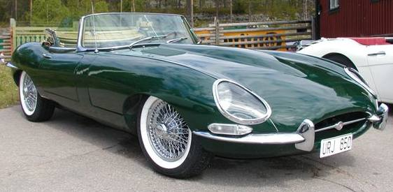 jaguar_e_type_racing_green_white_wall_tyres