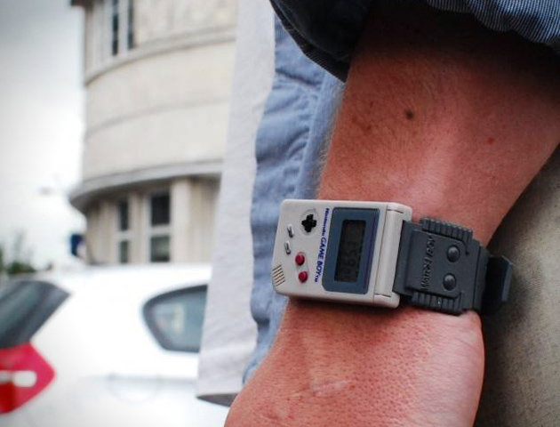 Nintendo-Game-Boy-Watch